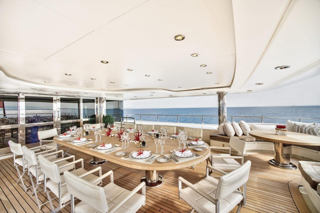 Mykonos Luxury Yacht Light Holic10