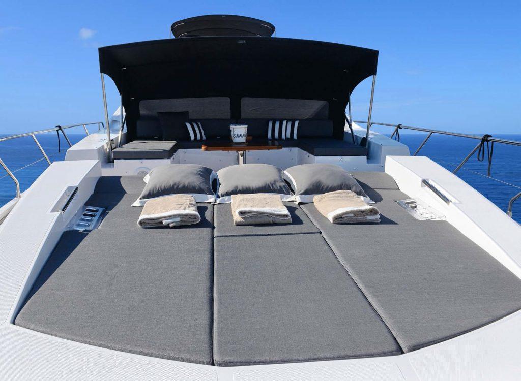 Mykonos Luxury Yacht Μakani13