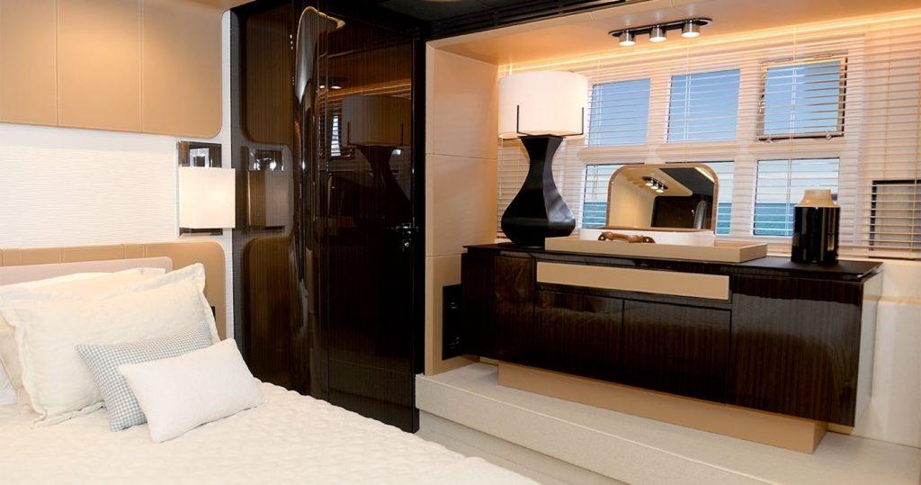Mykonos Luxury Yacht Μakani4