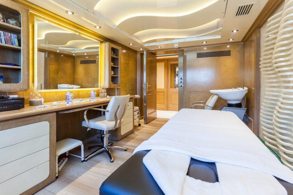 Mykonos Luxury Yacht Omega18