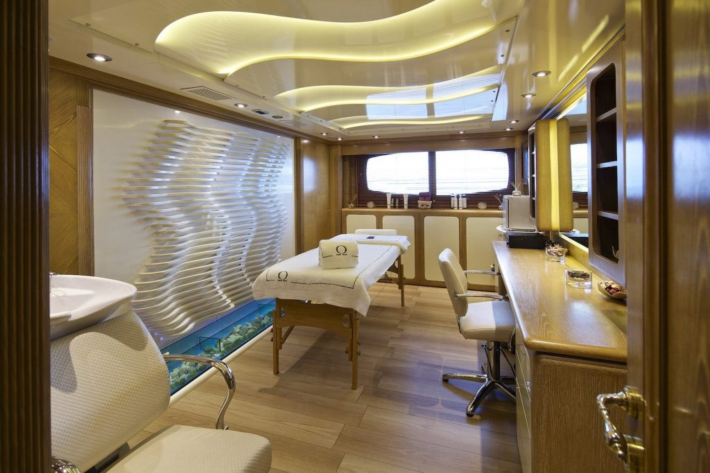 Mykonos Luxury Yacht Omega32