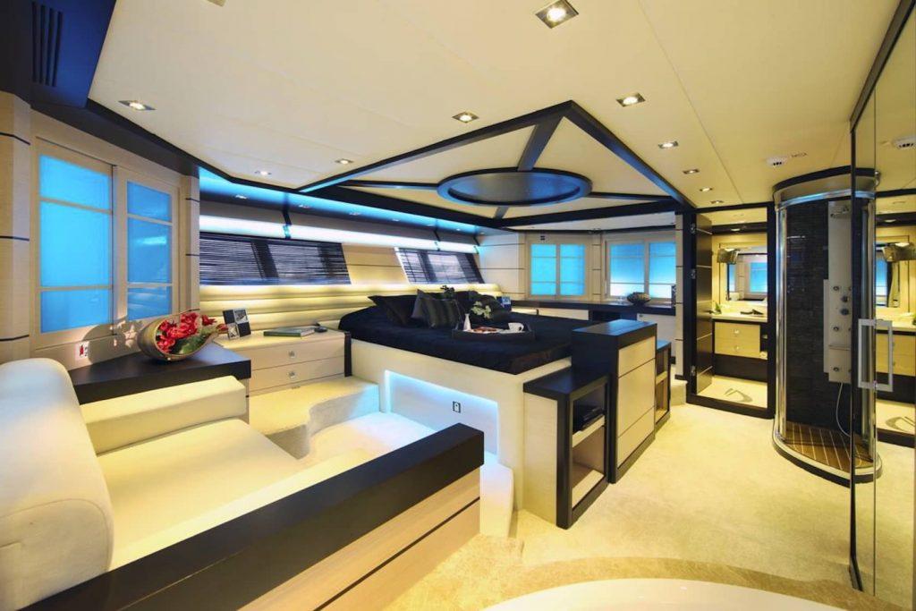 Mykonos Luxury Yacht Perla Del Mare13