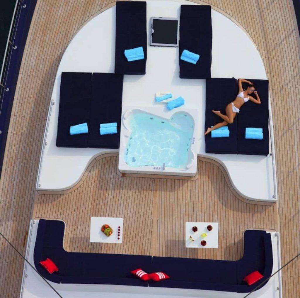 Mykonos Luxury Yacht Perla Del Mare3