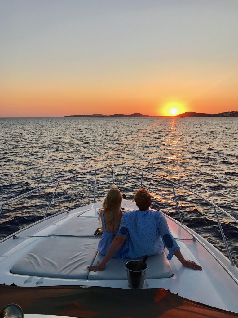 Mykonos-Luxury-Yacht-Princess-42-0006