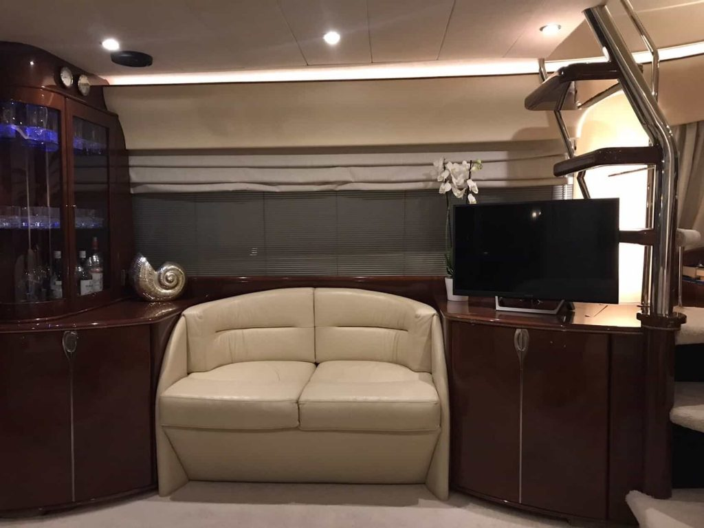 Mykonos luxury yacht Princess656