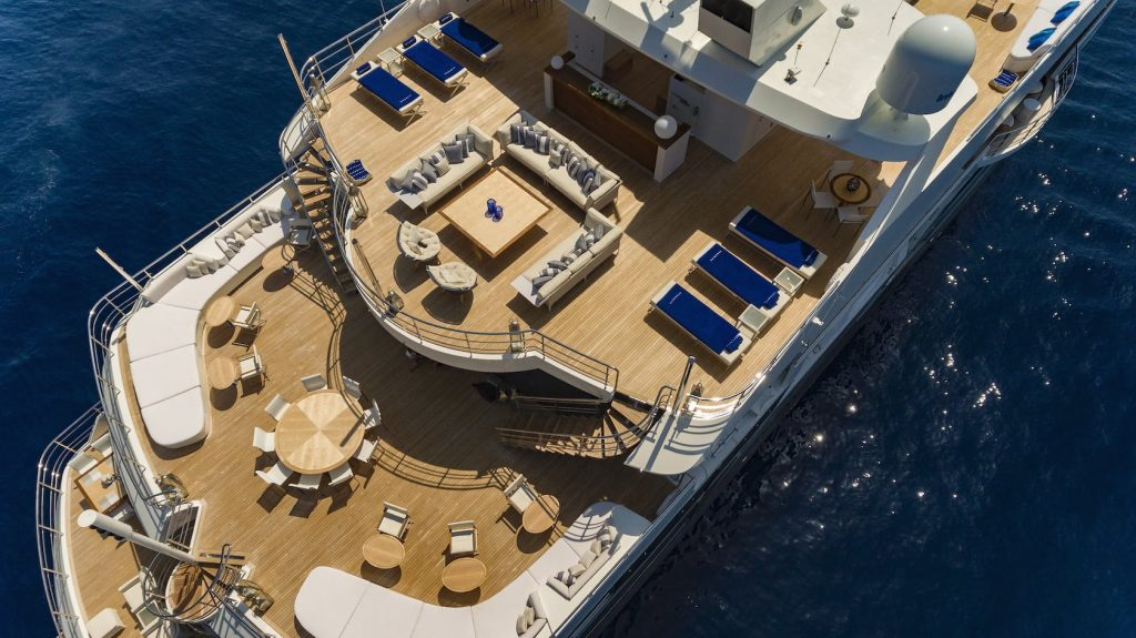 Mykonos Luxury Yacht Serenity10