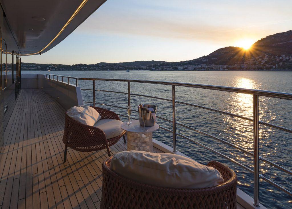 Mykonos Luxury Yacht Serenity16