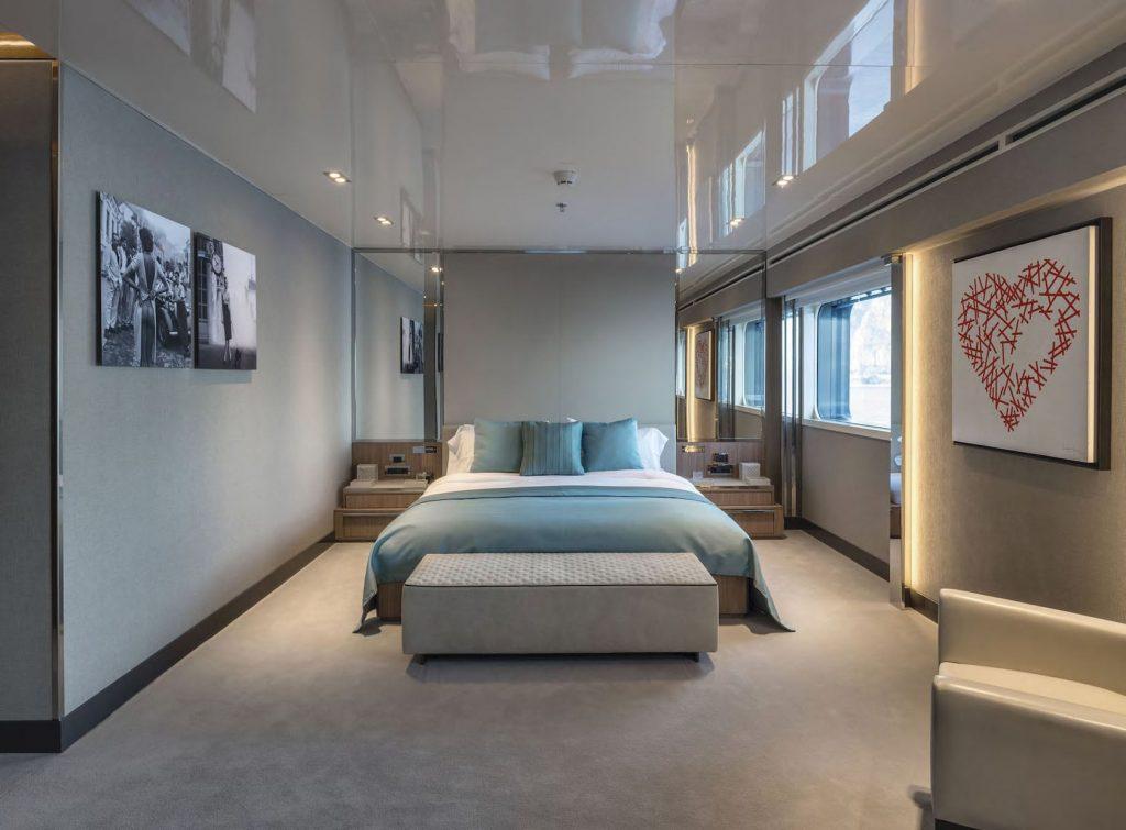 Mykonos Luxury Yacht Serenity26