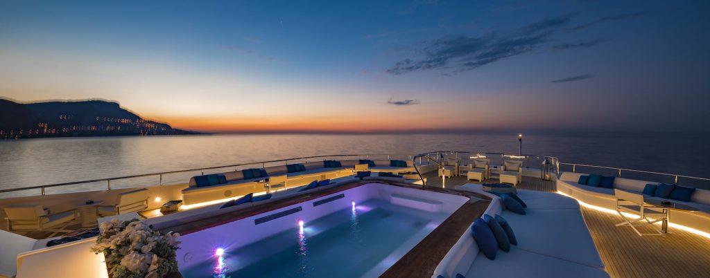 Mykonos Luxury Yacht Serenity7