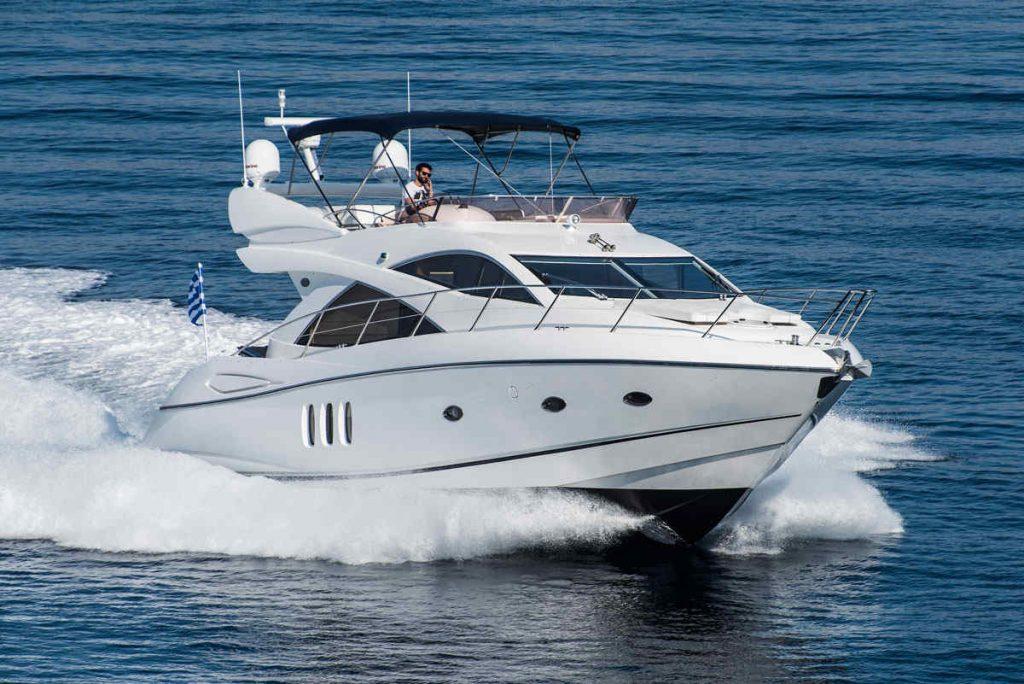 Mykonos luxury yacht Sunseeker Manhattan2