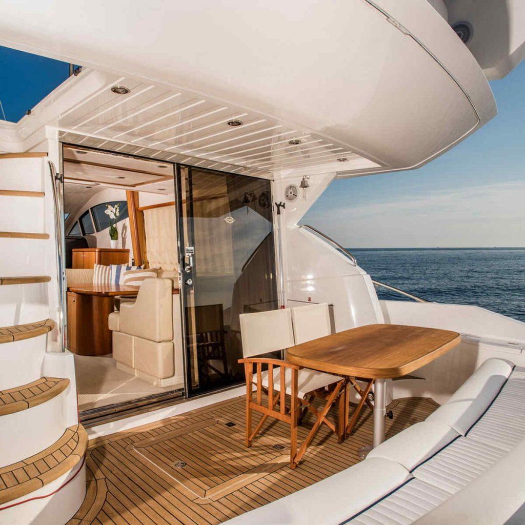 Mykonos luxury yacht Sunseeker Manhattan4
