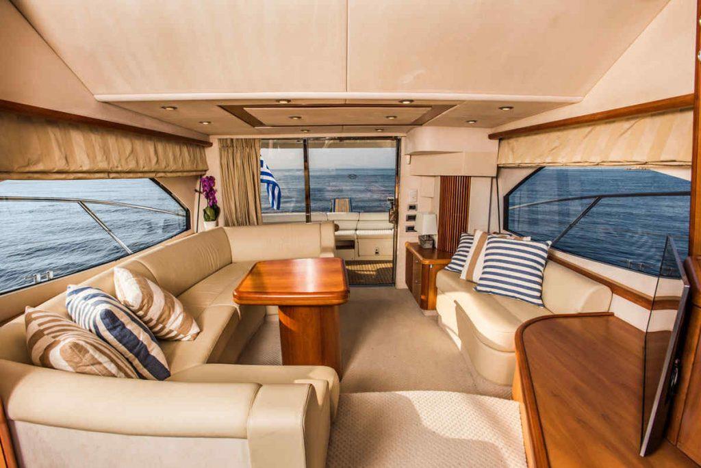 Mykonos luxury yacht Sunseeker Manhattan5