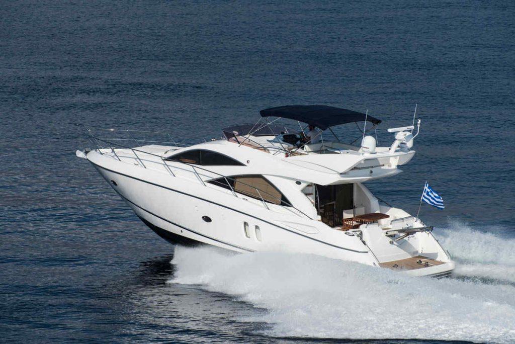 Mykonos luxury yacht Sunseeker Manhattan8